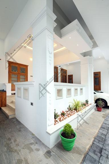colonial exterior home design-kerala